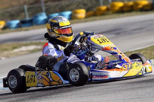 Curso de pilotaje de karts para niños de 1 hora de duración ¡Para los pequeños amantes del volante!