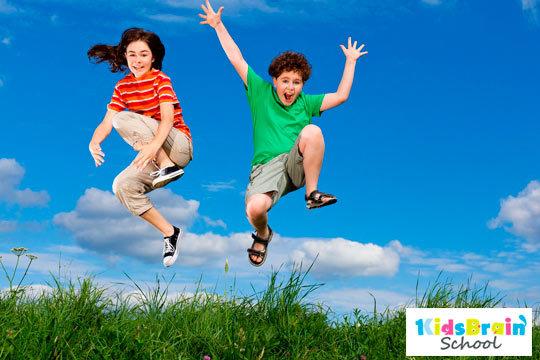 Diversión y aprendizaje en inglés en el campamento urbano de Kidsbrain School ¡En julio, agosto y septiembre!