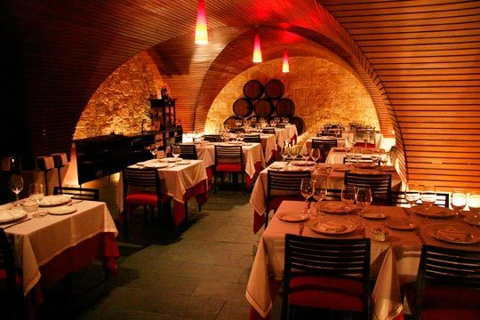 Degusta un delicioso menú en el restaurante La Alhóndiga ¡5 platos a degustar!
