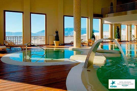 Escápate a la montaña y disfruta de Jaca y su entorno con una noche con desayuno y circuito Spa en el Hotel Real Golf & Spa Badaguás