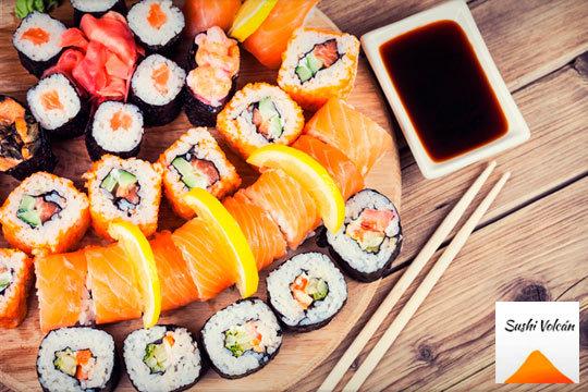 Menú sushi para dos: 40 piezas de sushi y 2 bebidas (Indautxu)
