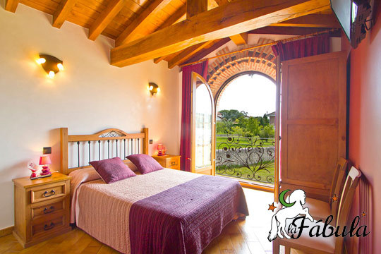 Déjate enamorar por Cantabria con una escapada rural a la nueva Posada La Fábula ¡Con desayuno las 24 horas, visita a quesería y opción a entrada a las Cuevas de Altamira!