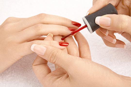 Manicura permanente con Shellac ¡Tecnología avanzada para tus uñas!