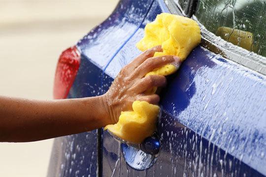 Presume de coche impoluto con un lavado a mano exterior + interior en Ecozuri Carwash ¡Con productos ecológicos!