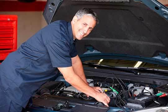 ¡Pon a punto tu vehículo! Cambio correa de distribución + bomba de agua + rodillo tensor + rodillo guía en Lavacoches Urrundi