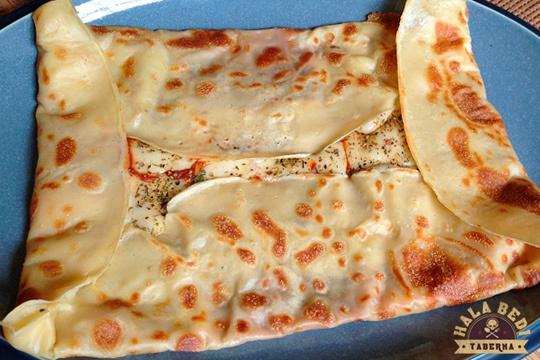 Menú con crepe, ensalada, postre y bebida en Hala Bedi (Casco Viejo)