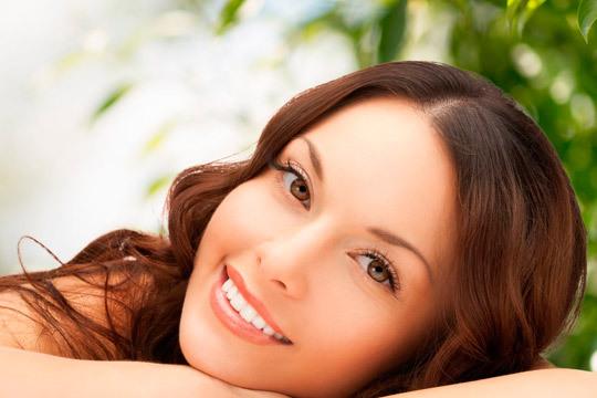 Luce un rostro bonito y cuidado con las sesiones de limpieza facial de Vanity Body Esthetic ¡Incluye arreglo de cejas!