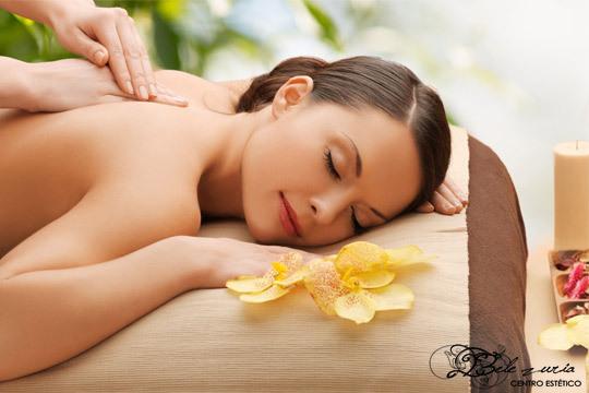 Equilibra cuerpo y mente con un masaje hawaiano de cuerpo entero ¡Sentirás el auténtico bienestar!