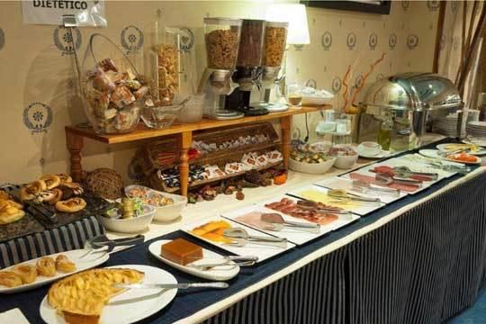 Colectivia hotel granv a 1 o 2 noches con desayunos for Hotel bodega logrono