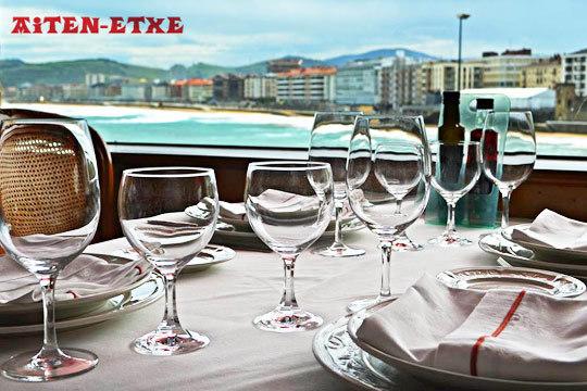 Exquisito menú en Aiten-Etxe Jatetxea ¡Con las mejores vistas de Zarautz!