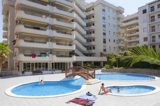 Este abril deja la rutina y vete a disfrutar de las playas y el ambiente de Salou ¡3 noches en apartamento para 4 personas al mejor precio!