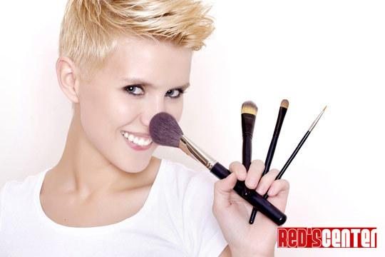 Descubre los trucos de los profesionales del maquillaje con el curso de Red's ¡Para 1 o 2 personas!