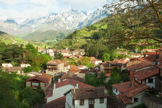 ¡Disfruta de la naturaleza de Cantabria! 4 noches de alojamiento con desayunos incluidos + Teleférico de Fuente Dé
