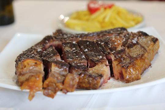 Menú degustación con carne y pescado en Asador Aurrekoetxe (Mungia)