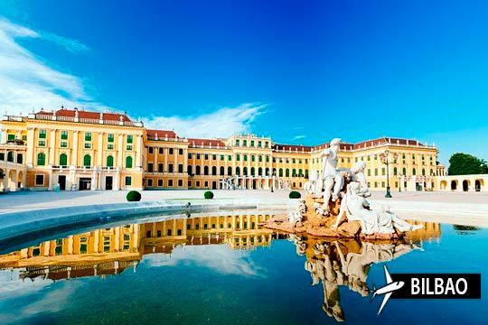¡Viaje a Viena con vuelo directo desde Bilbao! Estancia de 3 noches en alojamiento y desayuno