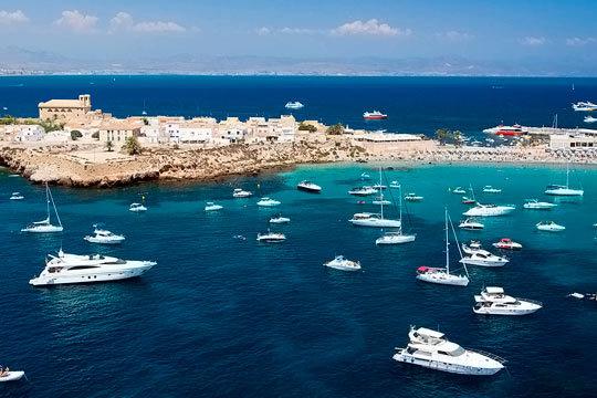 Esta Semana Santa disfruta de unas vacaciones en Blanes en pensión completa en el hotel Esplendid, a 300 metros de la playa