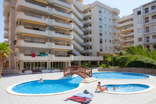 ¡Disfruta de Salou en Semana Santa! Estancia de 4 noches en apartamento para 4 personas, a solo 200 metros de la playa