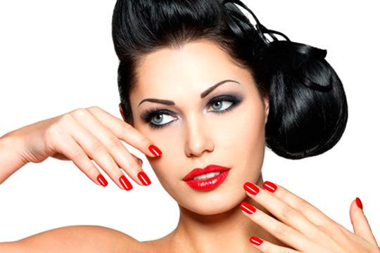 Mantén tus uñas en perfecto estado con una manicura completa con uñas de gel y completa la sesión con una infusión o cóctel a elegir ¡Guapa y relajada!