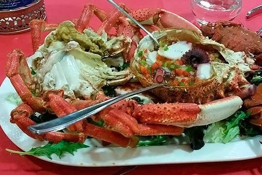 Disfruta de la buena cocina y el buen marisco en el hotel Viadero de Noja ¡Un lujo asequible!