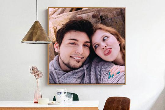 Dale un toque diferente a las paredes de tu hogar con un cuadro personalizado realizado en cartón-pluma ¡Tienes tres formatos para elegir!