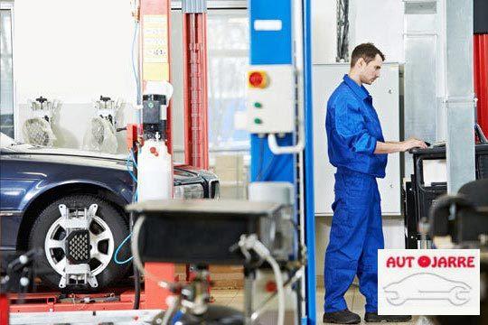 Cambio de 2 amortiguadores + Revisión de 45 puntos en Talleres Autojarre ¡La seguridad de tu coche en las mejores manos!