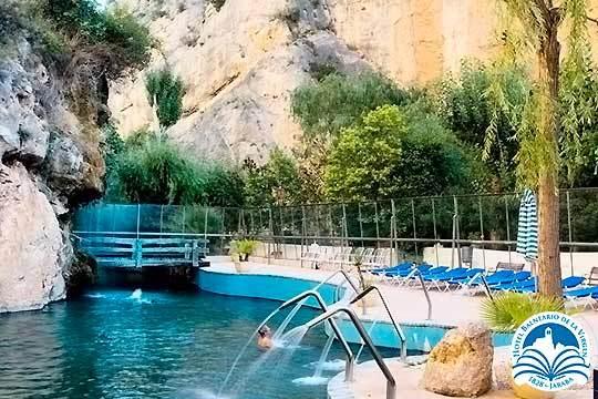 1 o 2 noches en media pensión con acceso a lago natural termal en Jaraba y opción a entrada al Monasterio de Piedra y jacuzzi ¡Relax en el recientemente reformado Balneario de la Virgen!