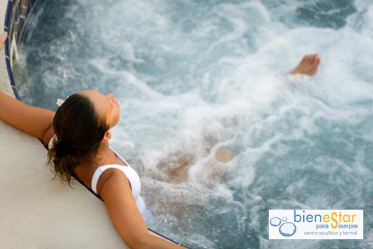 Disfruta de una hora de auténtica relajación en el Balneario Bienestar ¡Con piscina de hidroterapia, terma, ducha escocesa, ducha de aceites esenciales...!