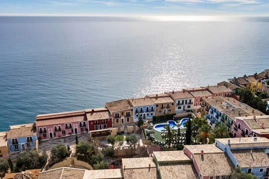 Studio Pueblo Acantilado Suites 4* en la Costa Blanca