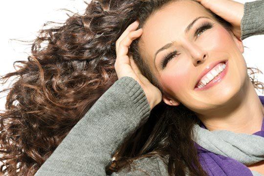 Acércate a la clínica dental Tripaldi para un blanqueamiento dental con peróxido de hidrógeno ¡Sonríe sin complejos!
