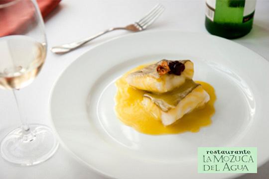 Menú de 6 o 7 platos en La mozuca del agua ¡Puding de cabracho, hojaldre de setas, pimientos rellenos y mucho más!