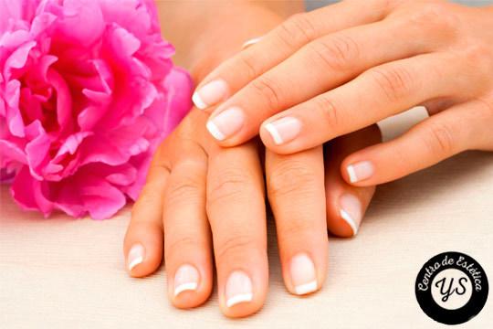 Los pequeños detalles marcan la diferencia, llevar las uñas arregladas te otorgará un plus de elegancia ¡Luce unas uñas perfectas todo el año!