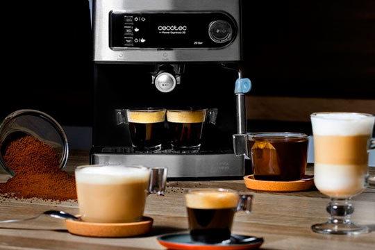 Cafetera Power Expresso con 20 bares de presión ¡Prepara todo tipo de cafés con solo pulsar un botón!