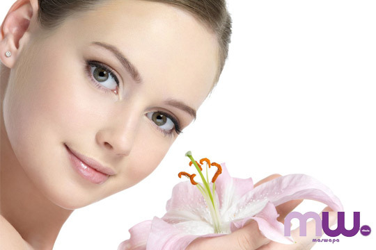 Limpieza facial completa con ácido hialurónico y extracción en el centro Maswapa ¡Un rostro cuidado!