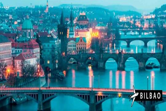 Puente de diciembre: Vuela a Budapest y Praga ¡6 días y 5 noches!