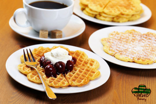 Degusta una merienda o desayuno rico y casero en el nuevo Velvet Bakery II ¡Crepe, cookies o tortitas + café o infusión!