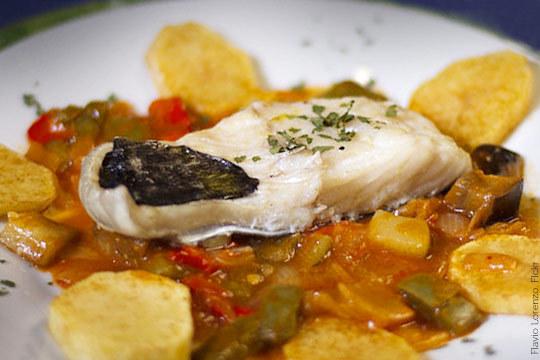Este verano disfruta de un completo menú en el Restaurante La Gaviota ¡Con entrantes, principal a elegir, postre y bebida!