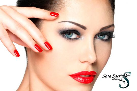 Sesión de belleza completa en Sara Sacristán Estilistas con corte y peinado + manicura con esmaltado permanente