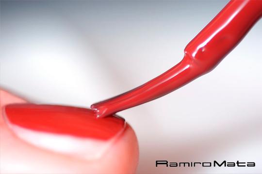 Manicura semipermanente o permanente en Ramino Mata ¡Uñas intactas durante mucho más tiempo!