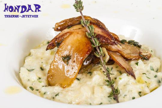 Exquisito plan gastronómico en el centro de Hondarribia