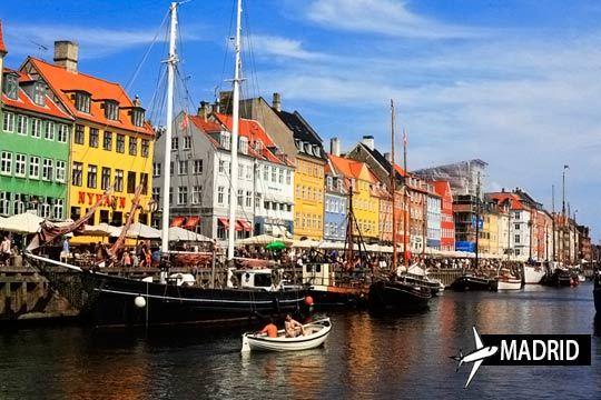 En mayo o junio disfruta de Copenhague con un viaje de 4 noches que incluye vuelo desde Madrid