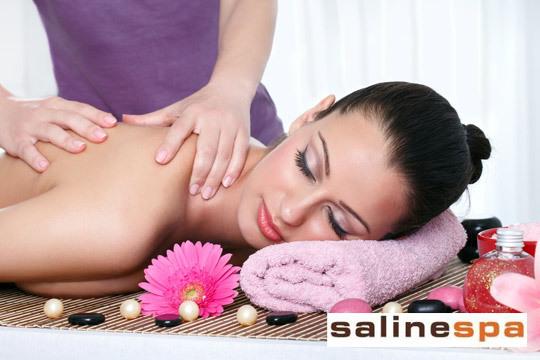 Regálate un pack de estética y relax de lujo en Salinespa ¡Exfoliación y masaje facial y corporal + Circuito Spa con Lago de Flotación!
