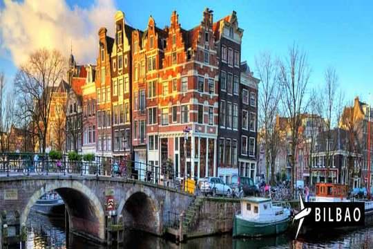 Puente de diciembre: Vuelo a Ámsterdam de Bilbao + 4 noches en AD