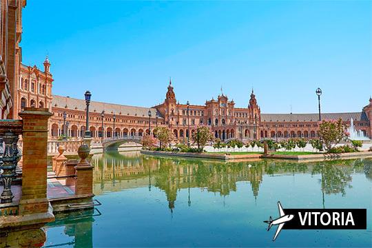 ¡Enamórate de la capital andaluza en febrero o marzo! Vuelo desde Vitoria + 3 noches con desayunos