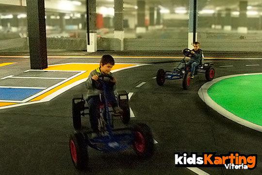 Tus hijos sentirán la velocidad en el Big Karting ¡karts a pedales, eléctricos o de gasolina!