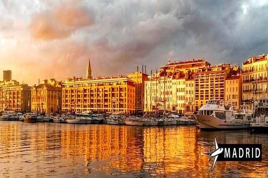 Verano en Marsella con vuelo + 3 noches en estudio