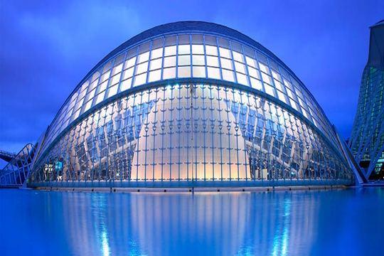12/10: Valencia 3 noches hotel o apart. + Entrada Ciudad de las Artes