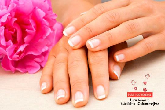 Luce unas manos perfectas, suaves e hidratadas, con 3 sesiones de manicura en el Salón de Belleza Lucía Romero
