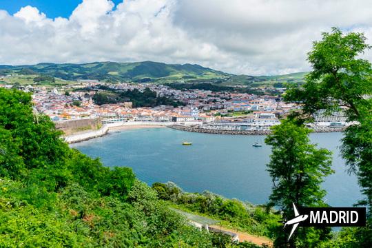 Semana Santa en Terceira + 7 noches con desayuno ¡Salida desde Madrid y opción a hotel 3, 4 o 5 estrellas!