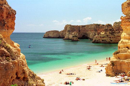 Esta Semana Santa disfruta del Algarve con quien tu quieras ¡4 noches en un confortable apartamento!