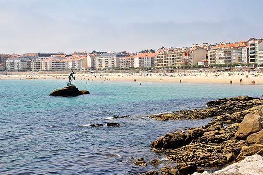 Descubre la belleza de la costa gallega esta Semana Santa con 4 o 7 noches en el Hotel Chamuiñas de Sansenxo ¡Con desayunos incluidos!